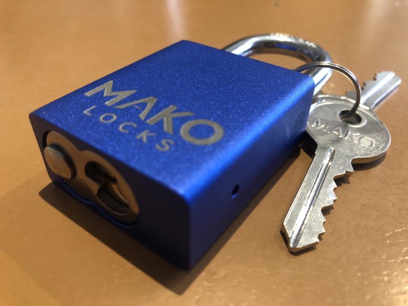 Blue – MAKO 425/427